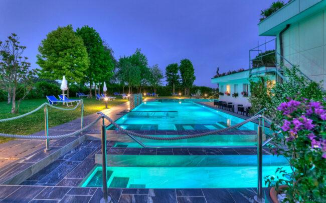Servizi-fotografici-hotel-esterno-piscina-1