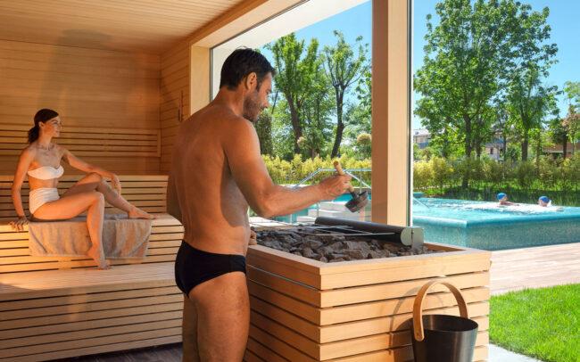 Servizi fotografici professionali padova Sauna-con-vista-esterna